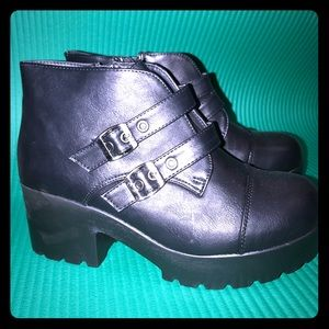 Shoes - Size 10 Black Buckle Ankle Booty Goth NWOT Punk